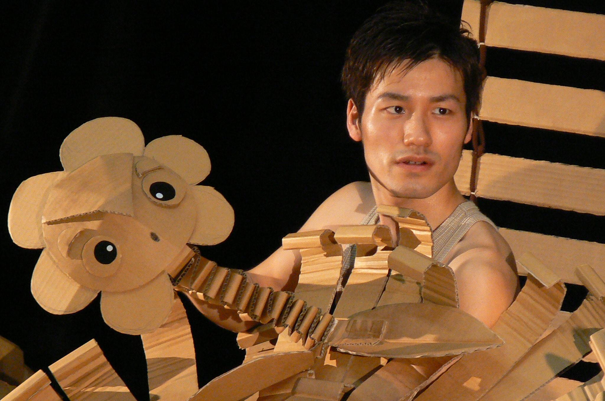「キッズワールド2013スペシャル」 ダンボール人形劇場《お花のハナックの物語》